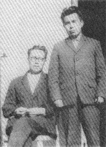 Сказитель В. И. Токмашов и его младший брат Б. И. Токмашов
