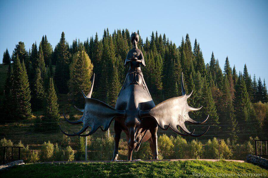 Скульптура Золотая Шория